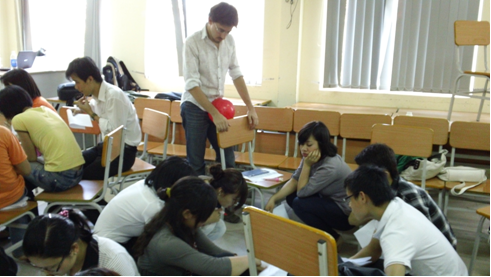 """A Freehills """"Fellow"""" Teaches Lawyering Skills and Learns about Life in Viet Nam"""